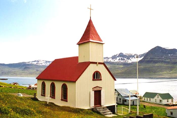 Brekkukirkja í Mjóafirði | Kirkjuklukkur Íslands