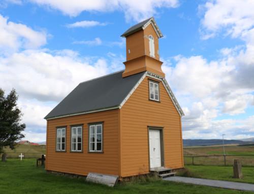 Hjarðarholtskirkja í Borgarfirði